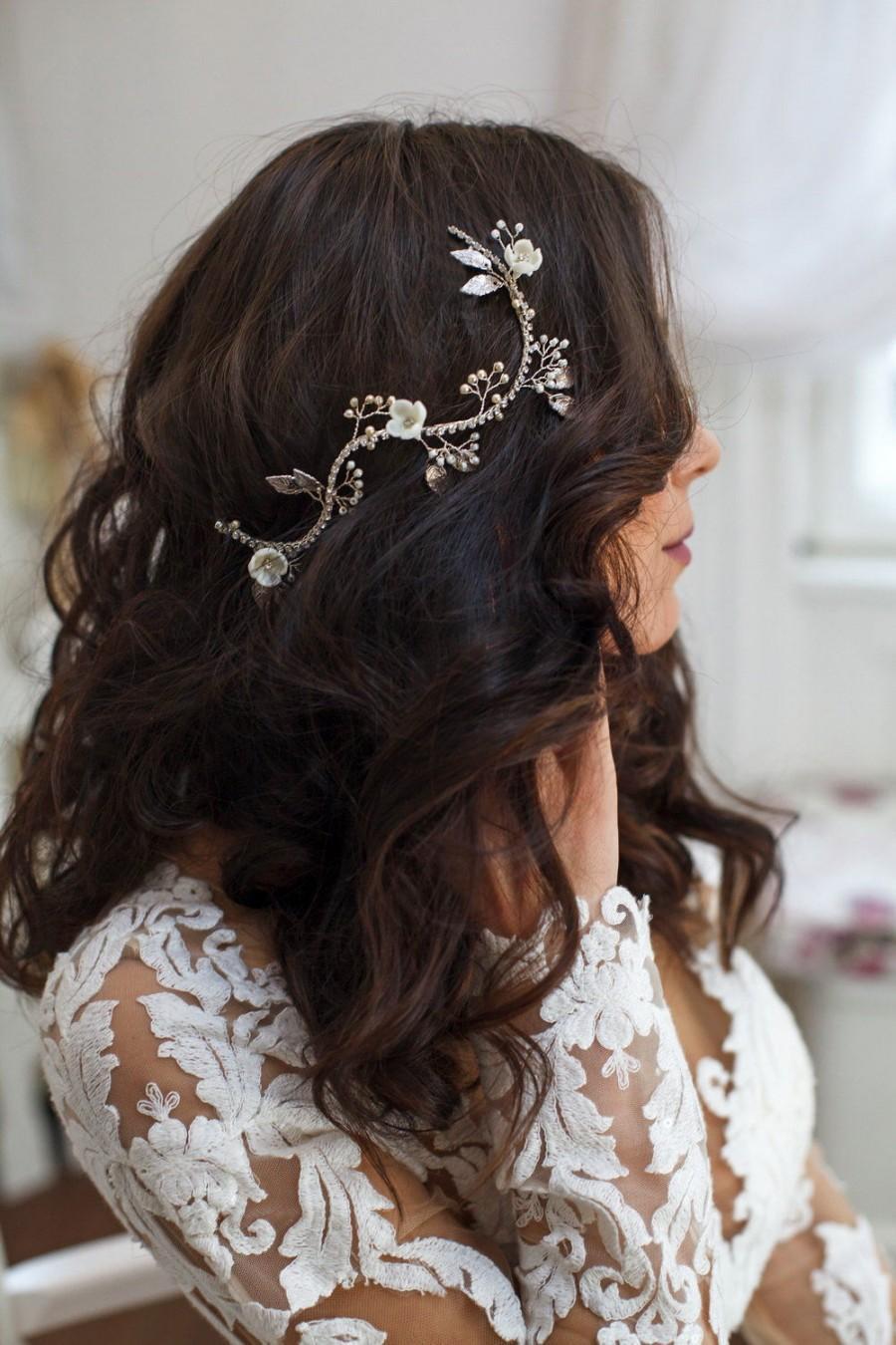 Mariage - Bridal floral hair vine, Wedding flower hairvine, Wedding halo, Whimsical bridal hair piece, Silver  leaf headpiece, Boho hair accessory