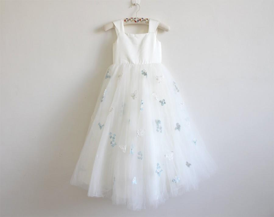 Mariage - Light Ivory Flower Girl Dress with Butterfly Tulle Ivory Straps Baby Girl Dress Ivory Flower Girl Dress With Butterfly Floor-length