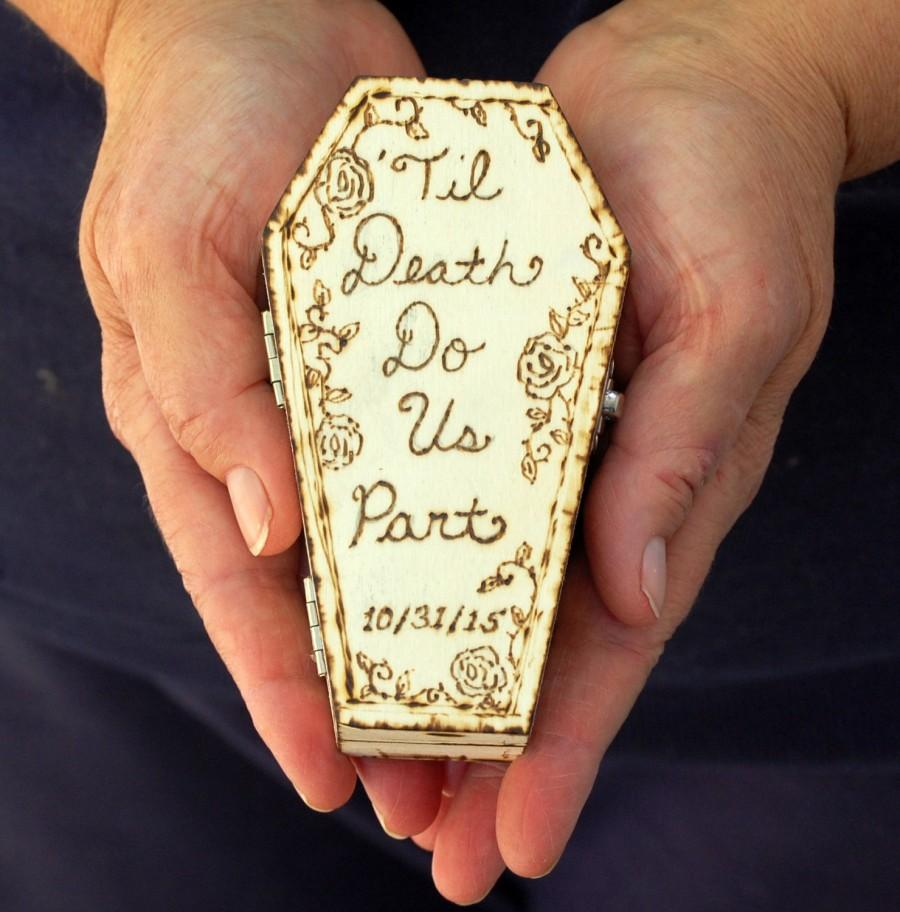 Mariage - Personalized Mini Coffin Wedding Ring Holder