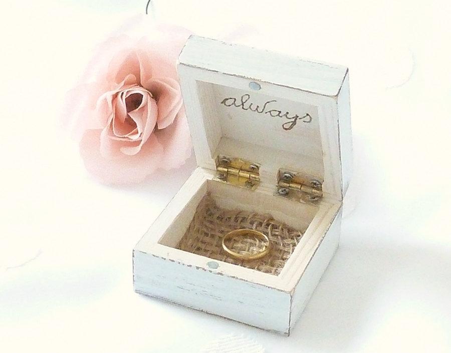 Hochzeit - Rustic chic Wedding Ring Bearer Box, Ring Pillow Beach Wedding