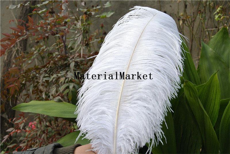 Mariage - 50pcs/lot 18-20inch White Ostrich feather plume for Wedding,Table Centerpieces A Quality for home decor