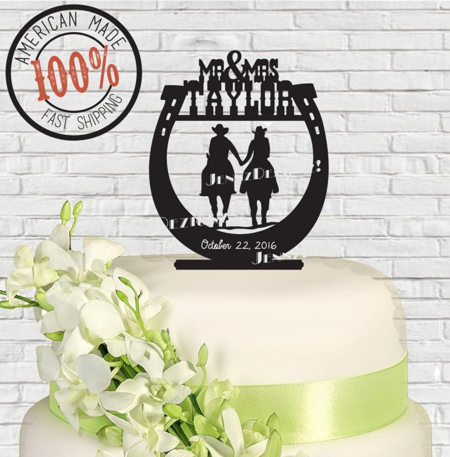 Свадьба - Personalized Western Horseshoe Couple Holding Hands Riders Mr & Mrs Surname Date Wedding Cake Topper  MADE In USA…..Ships from USA