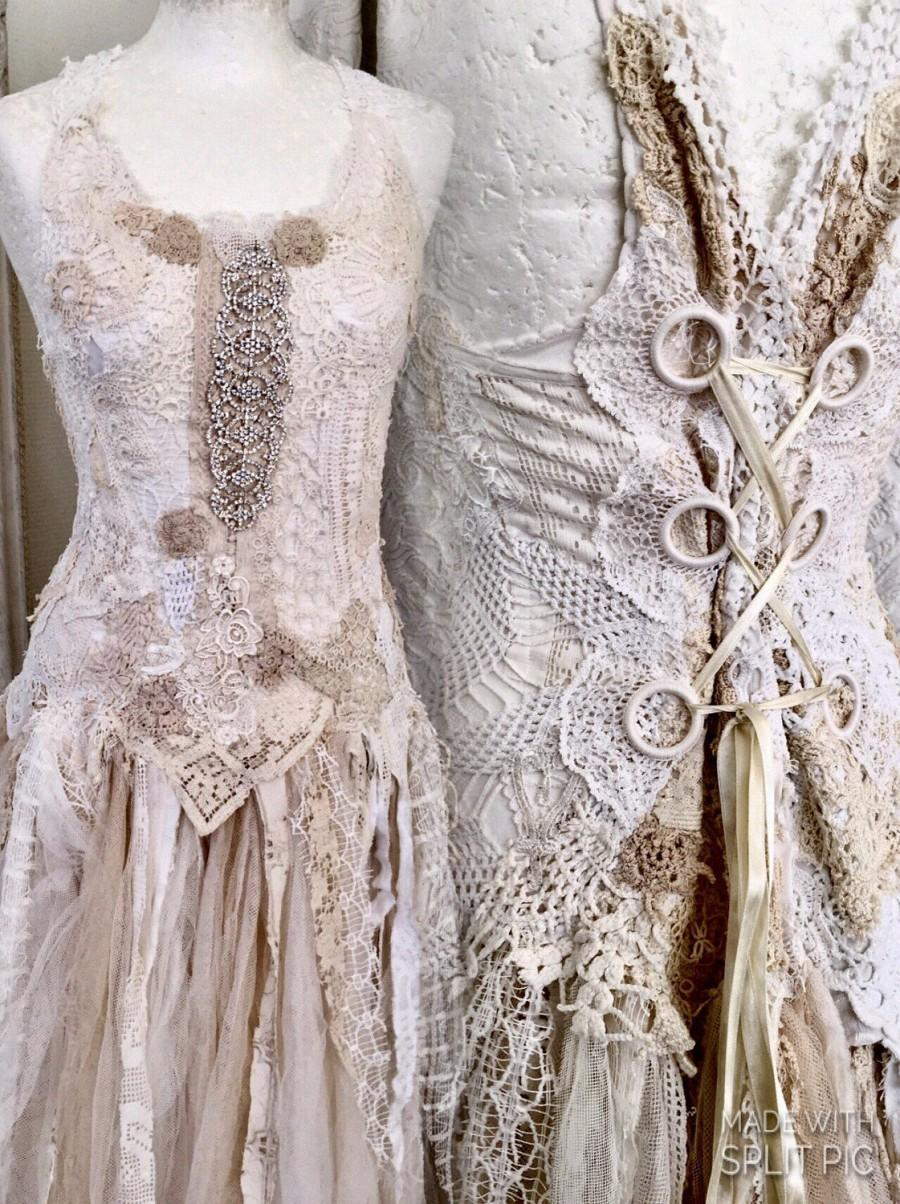 زفاف - Lace wedding dress , unique Bridal gown,lace statement wedding dress,boho wedding dress pale pink,bridal gown unique ,