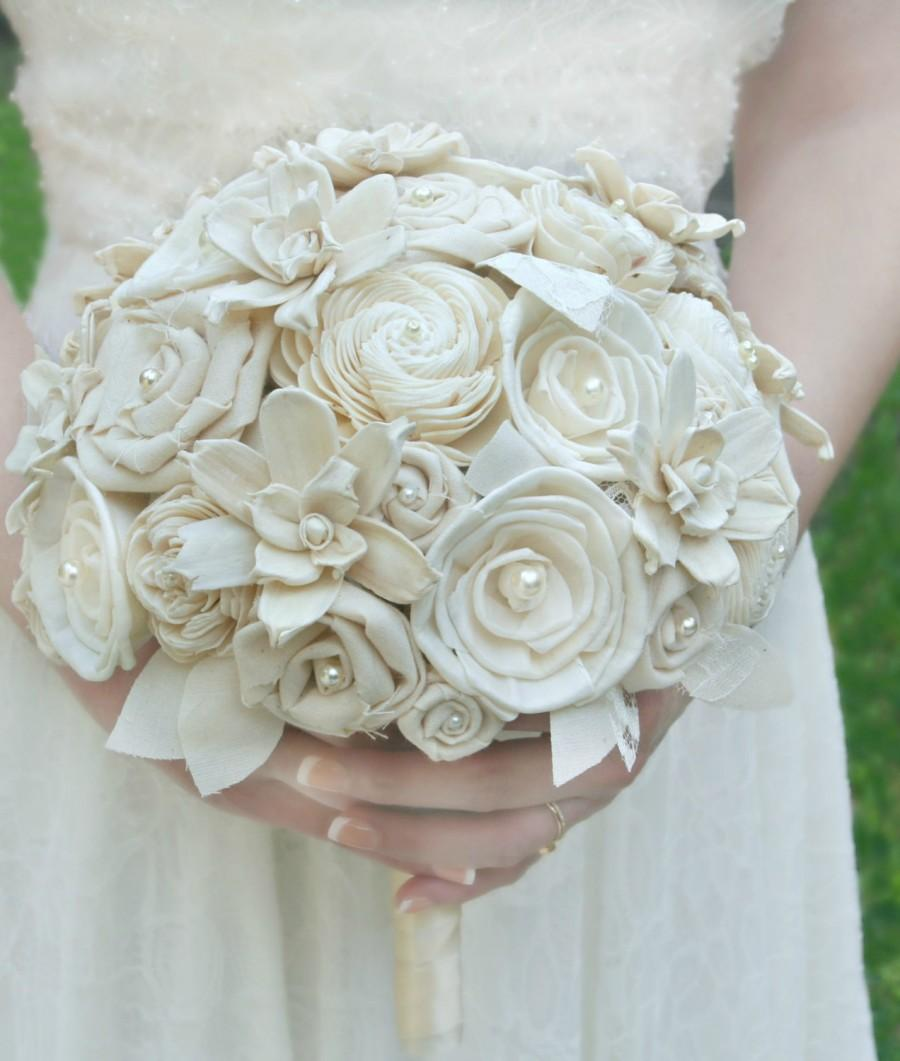 Wedding - Cream Wedding Bouquet // Cream, Ivory, Bridal Bouquet, Sola Bouquet, Sola Flower, Lace Bouquet, Fabric Bouquet, Elegant, Vintage Wedding