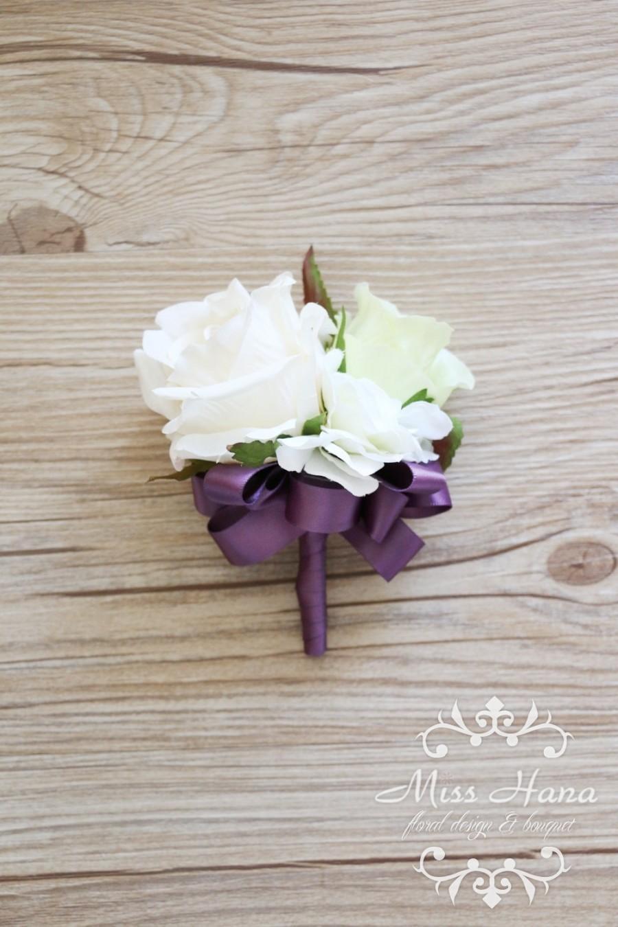 Mariage - Ivory White Rose Wrist Corsage, Purple ribbon wrist corsage, Bridesmaid corsage, pearl corsage, green corsage, Green white boutonnieres