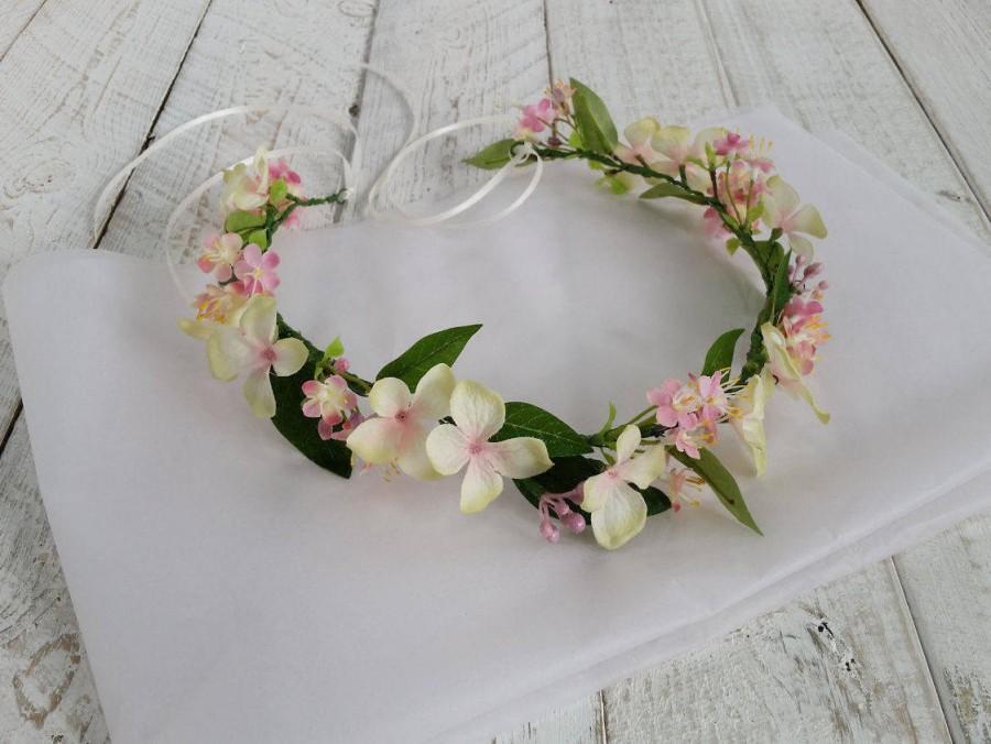 Mariage - Pale pink floral crown, flower crown, hair flowers wedding, floral headband, flower headband, wedding circlet, flower garland, hair wreath