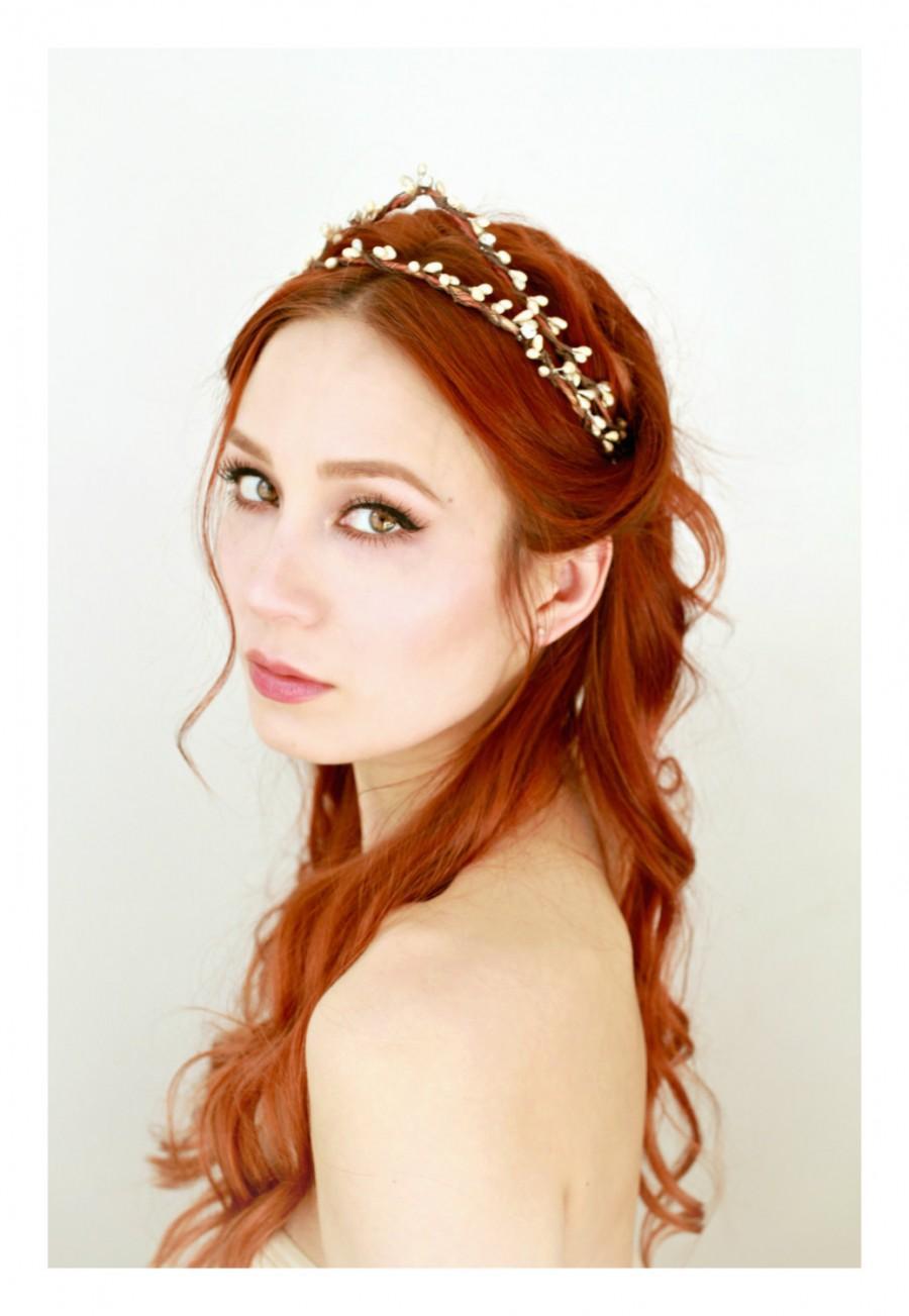 زفاف - Bridal headpiece, vintage inspired tiara, champagne rhinestone crown, rustic wedding, simple bridal wreath, boho bridal crown, hair circlet