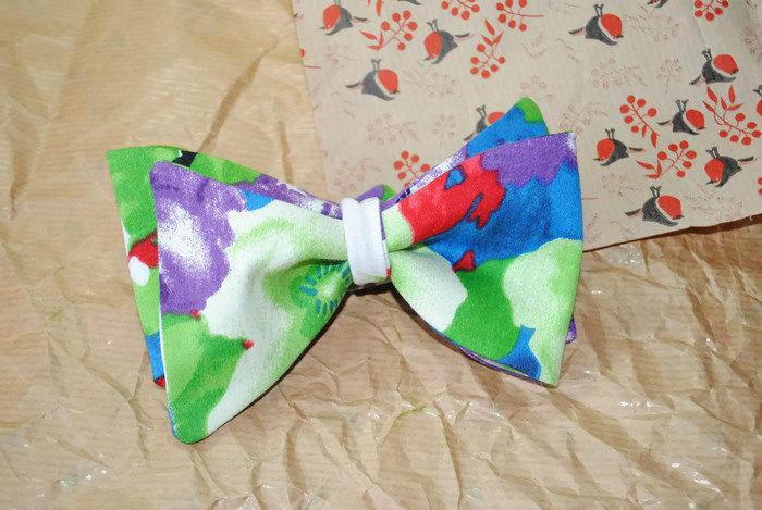 Hochzeit - Men's gift ideas Gift ideas for men Violet green floral bow tie Anniversary gifts for husband Gift husband from wife Wife husband gift Mens - $10.21 USD