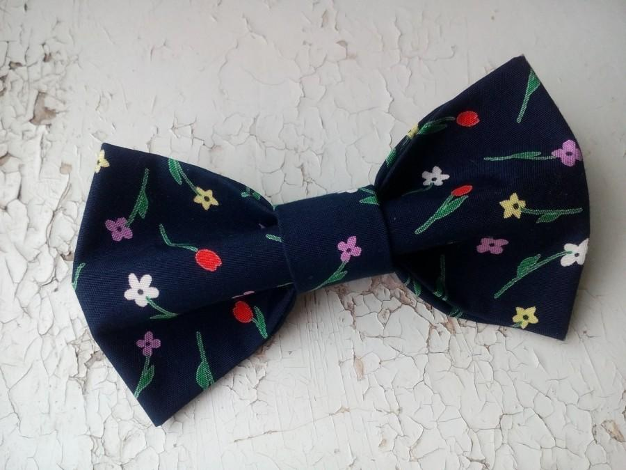 Свадьба - Navy floral bowtie Gift for groom from bride Will you be my groomsmen gifts From wife for husband gift In memory of sympathy gift 1Acess48.2 - $10.88 USD