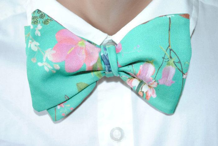 Wedding - Green floral self tie bow tie Green wedding Bow tie for groom Floral wedding groomsmen bow ties For wedding suits Green fuchsia wedding bvnh - $19.91 USD