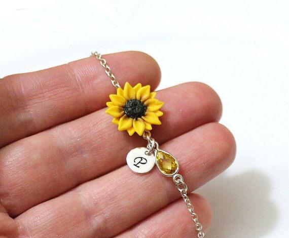 Wedding - Sunflower Personalized Initial Disc Bracelet, Bracelet, Sunflower Bridesmaid Jewelry, Sunflower Jewelry, Bridal Flowers, Bridesmaid Bracelet