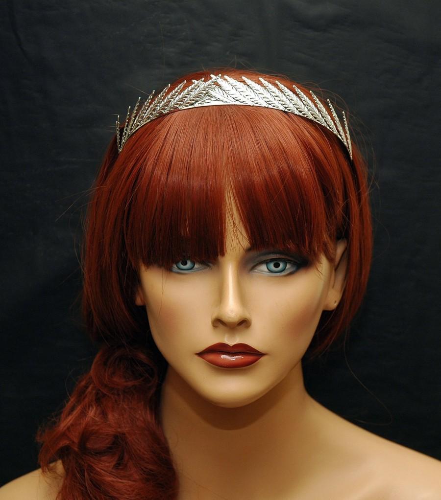Mariage - FREE SHIPPING Hair Jewelry Silver Leaf Headband Wedding Leaf Crown, Leaf Bridal Headpiece Greek Goddess Wedding Headband Rose Gold Leaf Hair Piece, Tiara - $30.00 USD