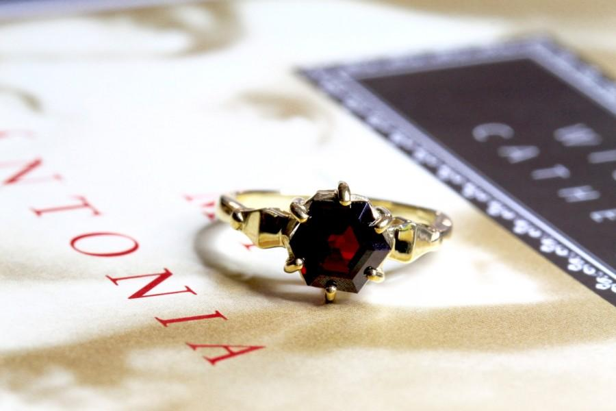 Wedding - Vintage 1.25ct Garnet Engagement Ring, Art Deco Style Garnet Ring, 9ct Gold Statement Ring, Hexagon Garnet Ring, Alternative Engagement Ring