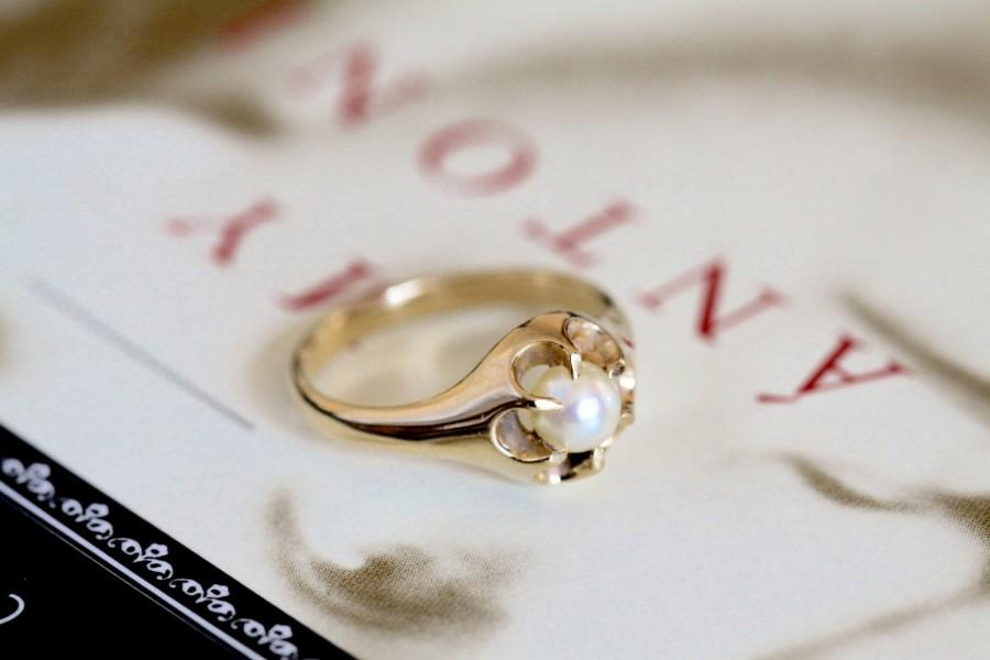Düğün - Edwardian Pearl Engagement Ring, 18k Gold Victorian Pearl Engagement Ring, Antique Pearl Belcher Ring, Alternative Engagement Ring, Wedding