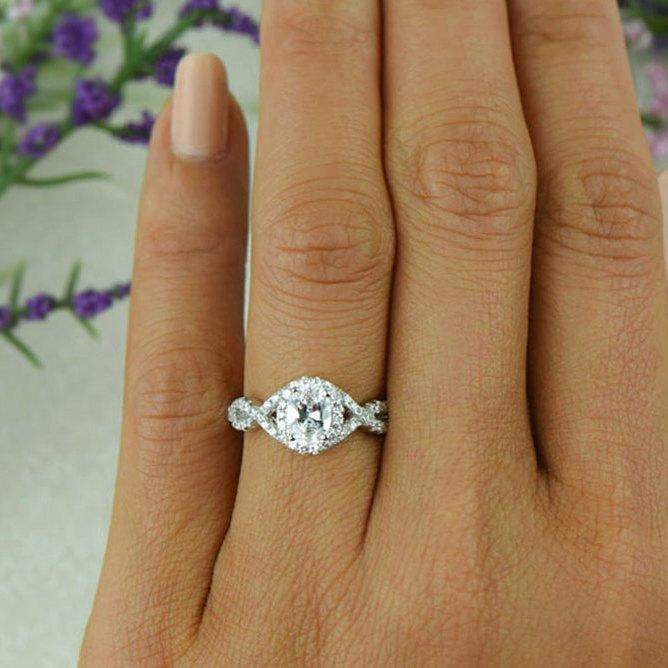 زفاف - 1 ctw Oval Twisted Halo Ring, Engagement Ring, Man Made Diamond Simulants, Wedding Ring, Infinity Bridal Ring, Promise Ring, Sterling Silver