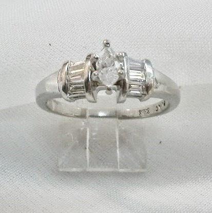 Boda - Engagement Ring Platinum Diamond Marquise  Baguette Shape Vintage 1990s