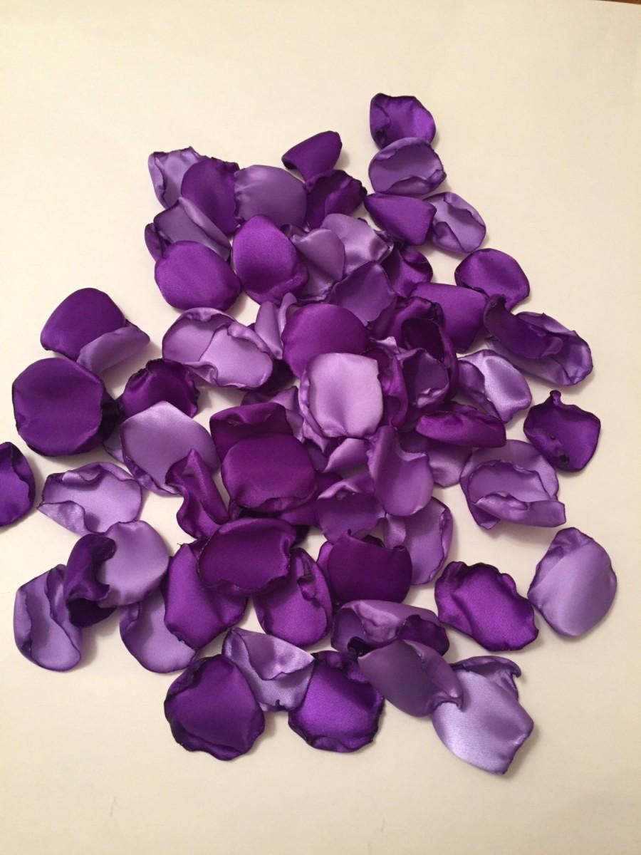 Mariage - Rose Petals/Purple Rose Petals/Bridal Petals/Purple Wedding Decor/Light Purple Petals/Flower Girl Petals/Aisle Petals/Dark Purple Petals