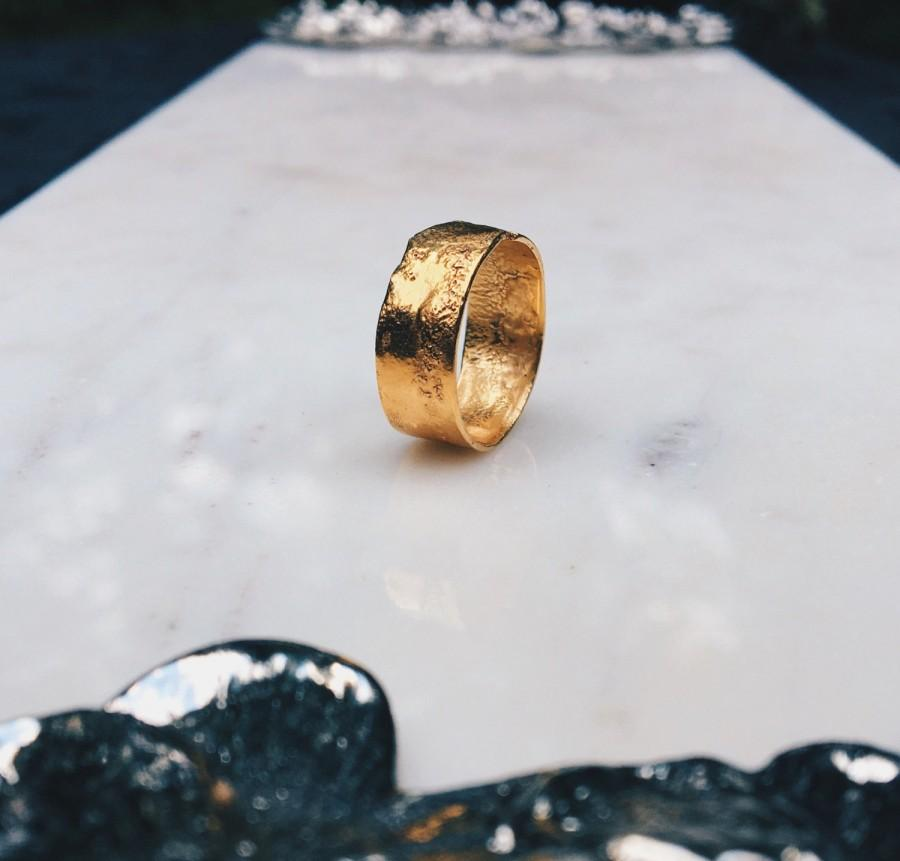 Mariage - Textured Band, Rustic Ring, RINGCRUSH, Gold Wedding Band, Unique Wedding Band, Textured Gold Ring, Organic Gold Ring, Hammered Gold Ring