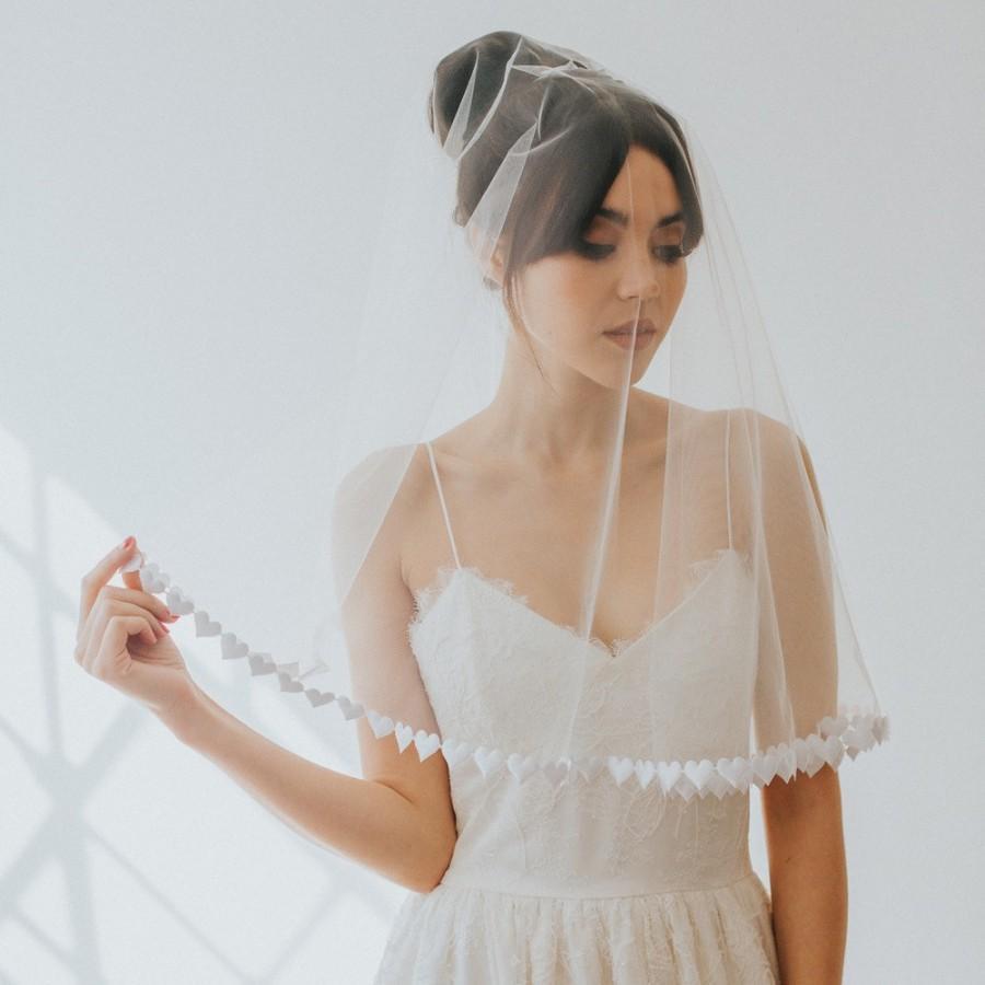 Hochzeit - Sweetheart Circle Veil