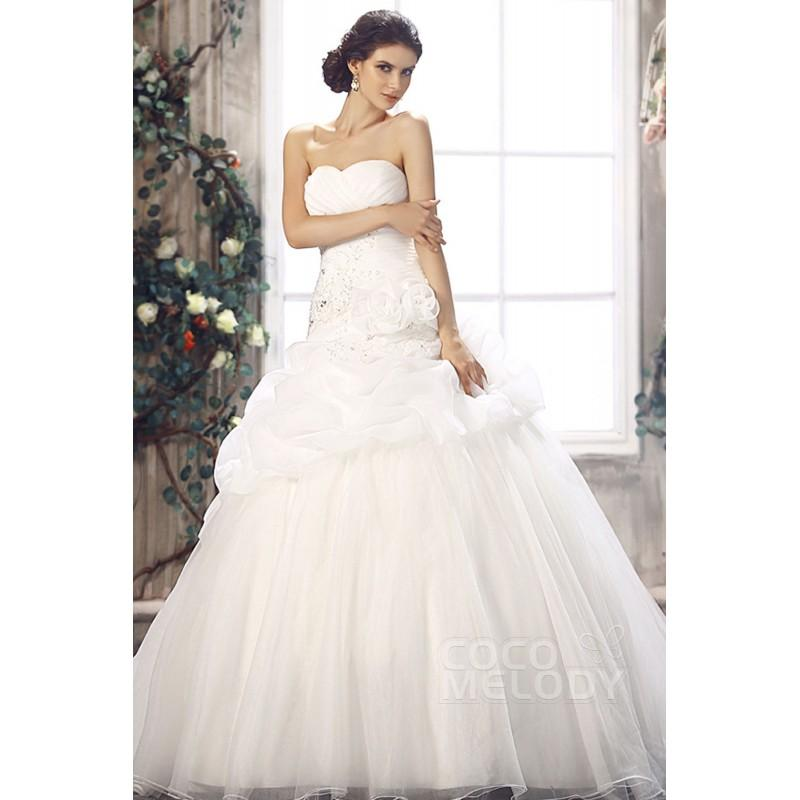 Mariage - Sexy Princess Sweetheart Dropped Waist Chapel Train Organza Wedding Dress CWLT13081 - Top Designer Wedding Online-Shop