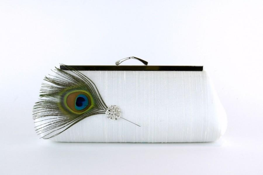 Hochzeit - EllenVintage Peacock Silk Clutch in Ivory with Real Feather, Wedding clutch, Bridal clutch, Bridesmaid clutch, Evening bag