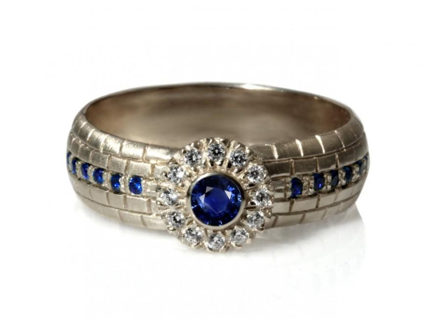 Mariage - Blue Sapphires engagement Ring, 14k white gold diamonds and sapphires ring, halo diamond ring, engarved jerusalem wall ring, white gold ring