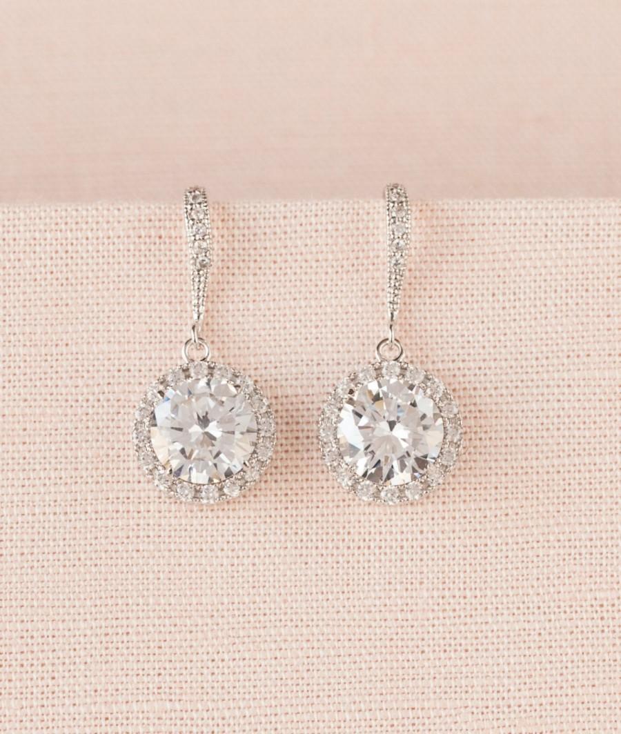 Mariage - Crystal Bridal Earrings, Round Halo Wedding Earrings, Bridal Jewelry,  Bridesmaid earrings, Wedding Jewelry,  Reese Dangle Earrings