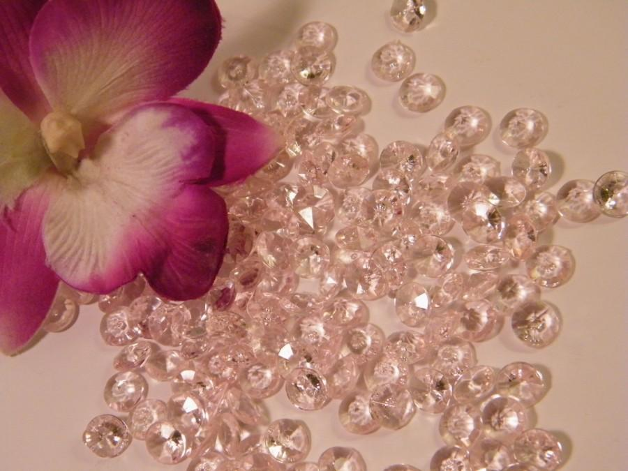 Mariage - Blush Diamond Confetti // 1000 MICRO small Faux Diamonds // Very Light Pink Wedding Table Scatter Confetti // Table Centerpiece Accent
