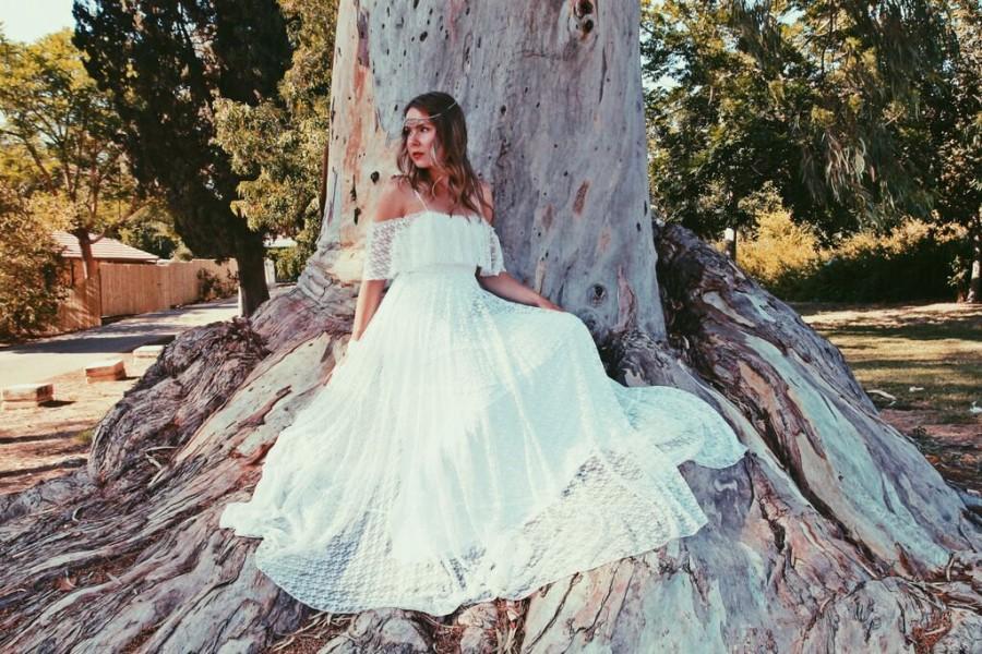 Bohemian Wedding Dress Simple Lace Wedding Dress Hippie Wedding Dress 70s Wedding Dress Vintage Wedding Dress Boho Wedding Dress 2678240 Weddbook