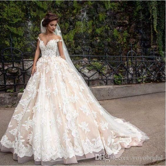Luxury Ivory Champagne Arabic Wedding Dress Ball Gown Off The Shoulder Straps Lace Pleated Chapel Train Custom Plus Size