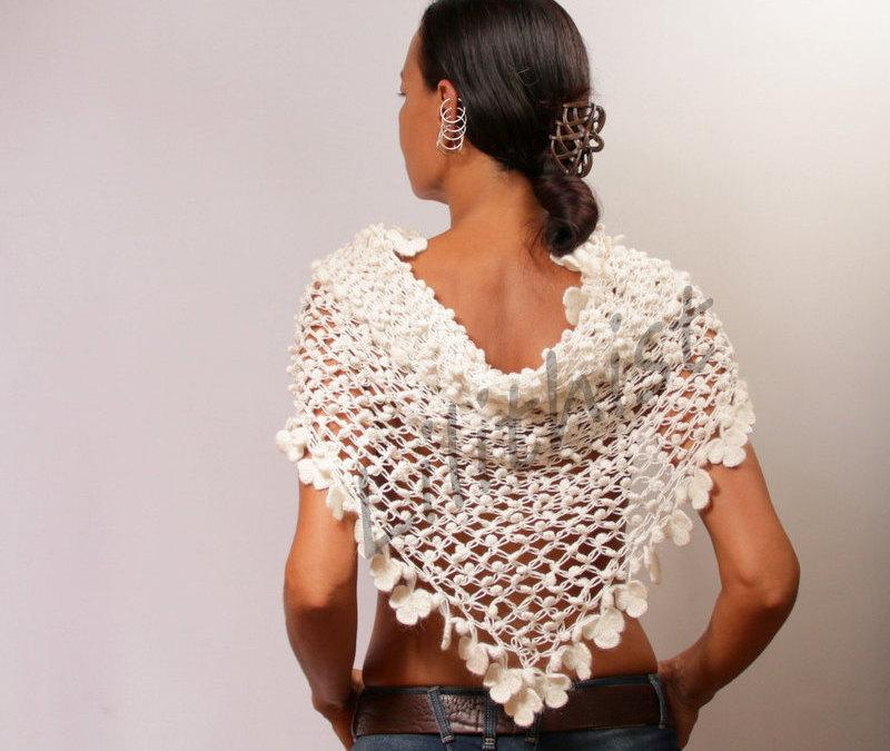Hochzeit - Off White Shawl, Bridal Shawl Wrap, Wedding Shawl, Unique Crochet Shawl Flower, Wedding Shrug, Bolero, Wedding Cover Up Bridal Accessories