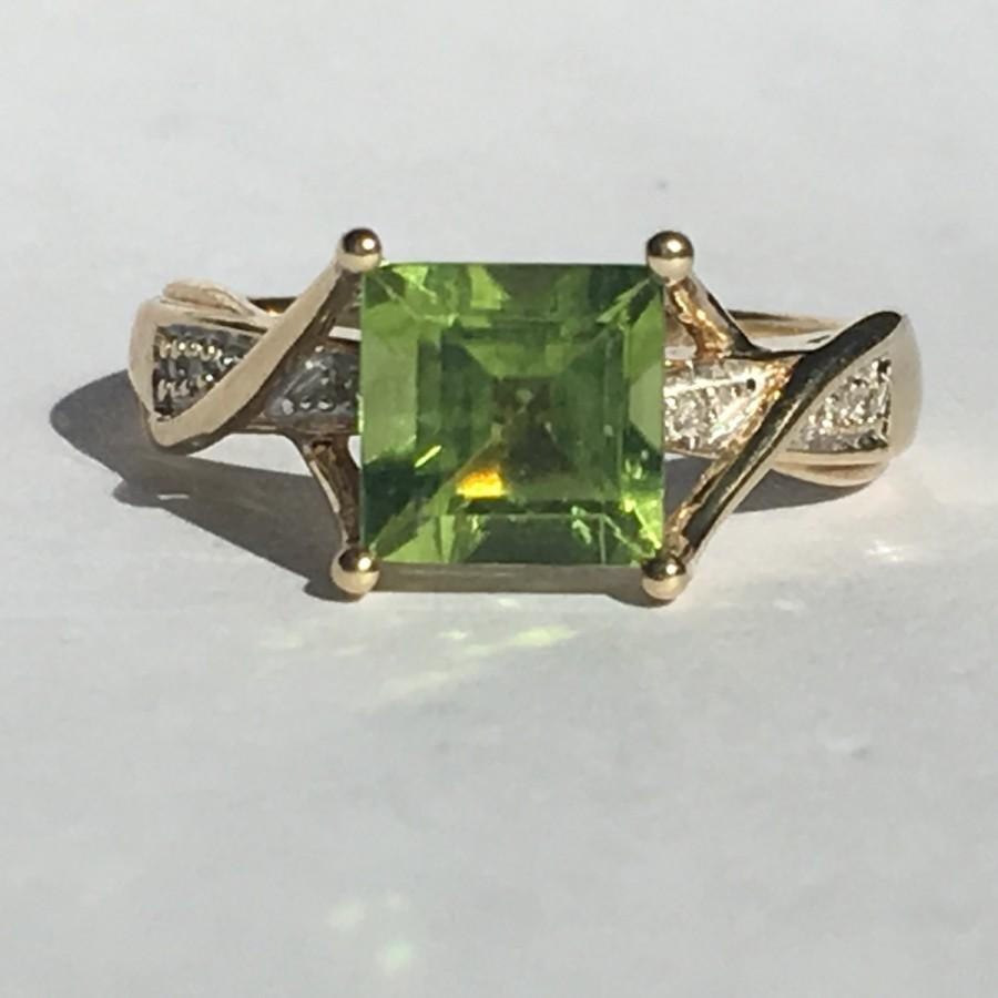 Hochzeit - Vintage Peridot and Diamond Ring. 10K Yellow Gold Setting. 1.25 Carat. Unique Engagement Ring. August Birthstone. 16th Anniversary Gift.