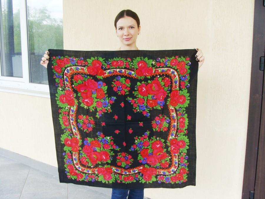 6542fe07d7 Russian shawl Russian scarf Chale russe Ukrainian shawl Vintage shawl Wool  shawl Floral scarf Black shawl Head scarf Folk shawl Black scarf
