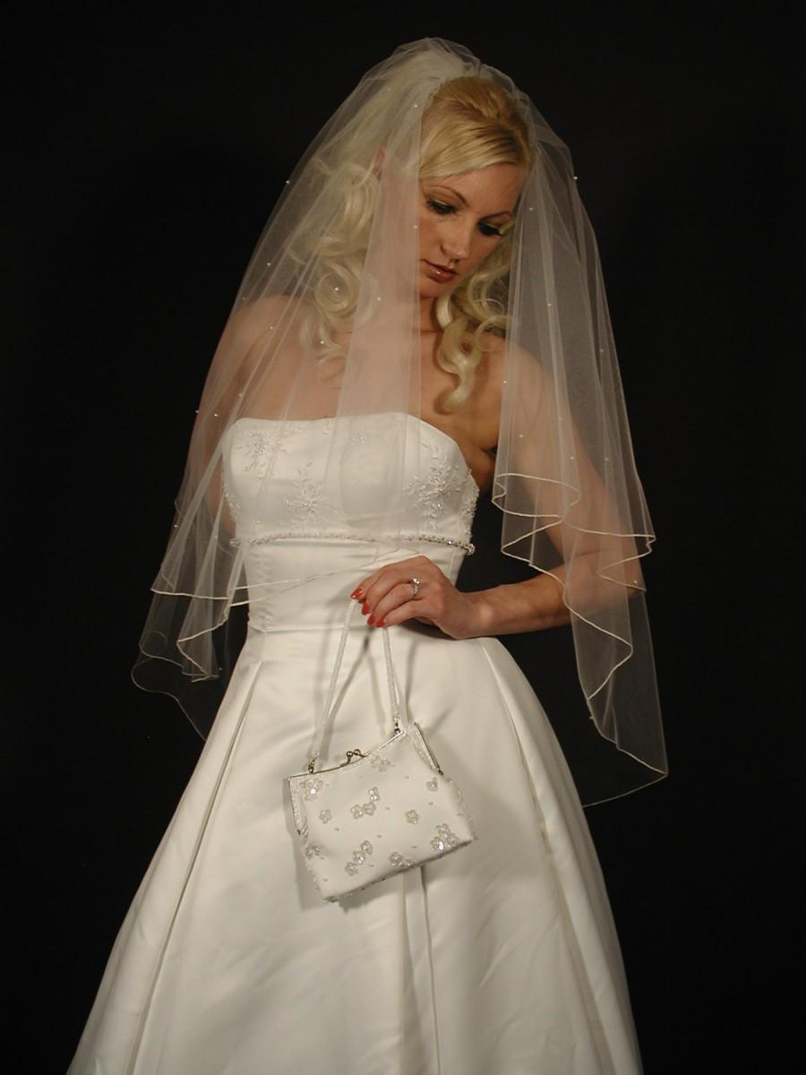 Hochzeit - wedding veil. bridal veil with scattered pearls. 2layer wedding veil with pencil edging and scattered pearls