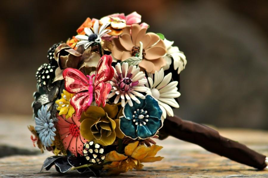 Mariage - CUSTOM MADE Wedding Jewelry Brooch Bouquet - to fit your color, style & budget, vintage bridal bouquet