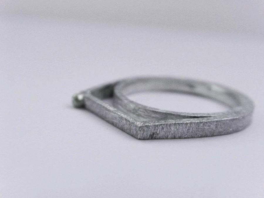 زفاف - Unique Engagement Ring Minimalist Silver and Gold Thin Unique Engagement Geometric Jewelry Contemporary Ring.