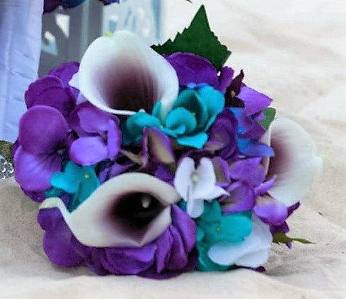 Mariage - Purple turquise small hydrangea bouquet, hydrangea, picasso callas, galaxy orchids, purple blue orchids