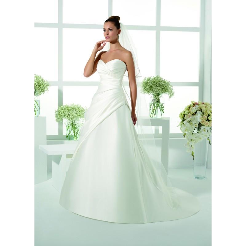 Mariage - Robes de mariée Just For You 2017 - 175-40 - Superbe magasin de mariage pas cher