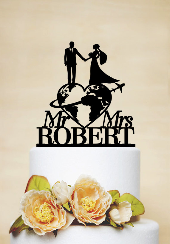 Mariage - Travel themed Wedding Cake Topper, Mr & Mrs Cake Topper, Last Name Cake Topper, Personalized travelling Bride and Groom Cake Topper C171