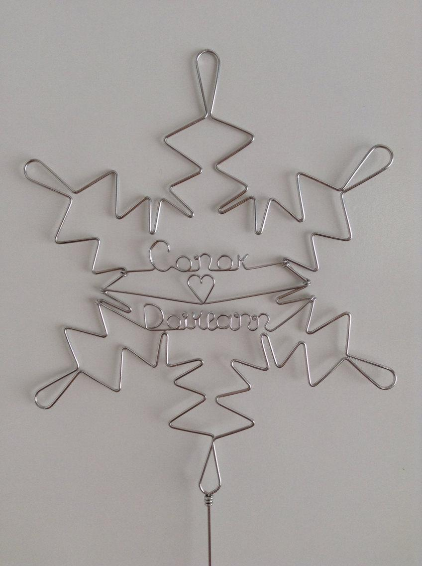 Mariage - WINTER WONDERLAND: Snowflake Wedding Cake Topper