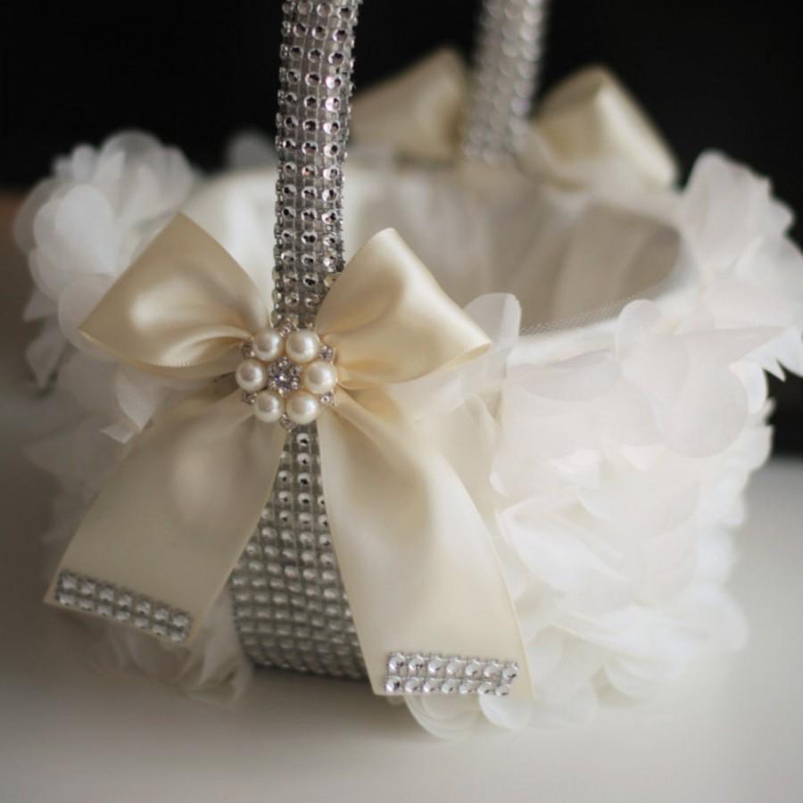 Wedding - Ivory Flower Girl Basket  Ivory Wedding Basket  Beige wedding petals basket, Cream Wedding Basket, Pearl Brooch Basket, Ivory jewel basket - $55.00 USD