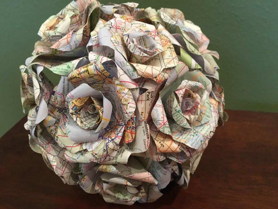 Map Paper Bouquet, Atlas Roses, Map Roses, Book Page Flowers, Paper ...