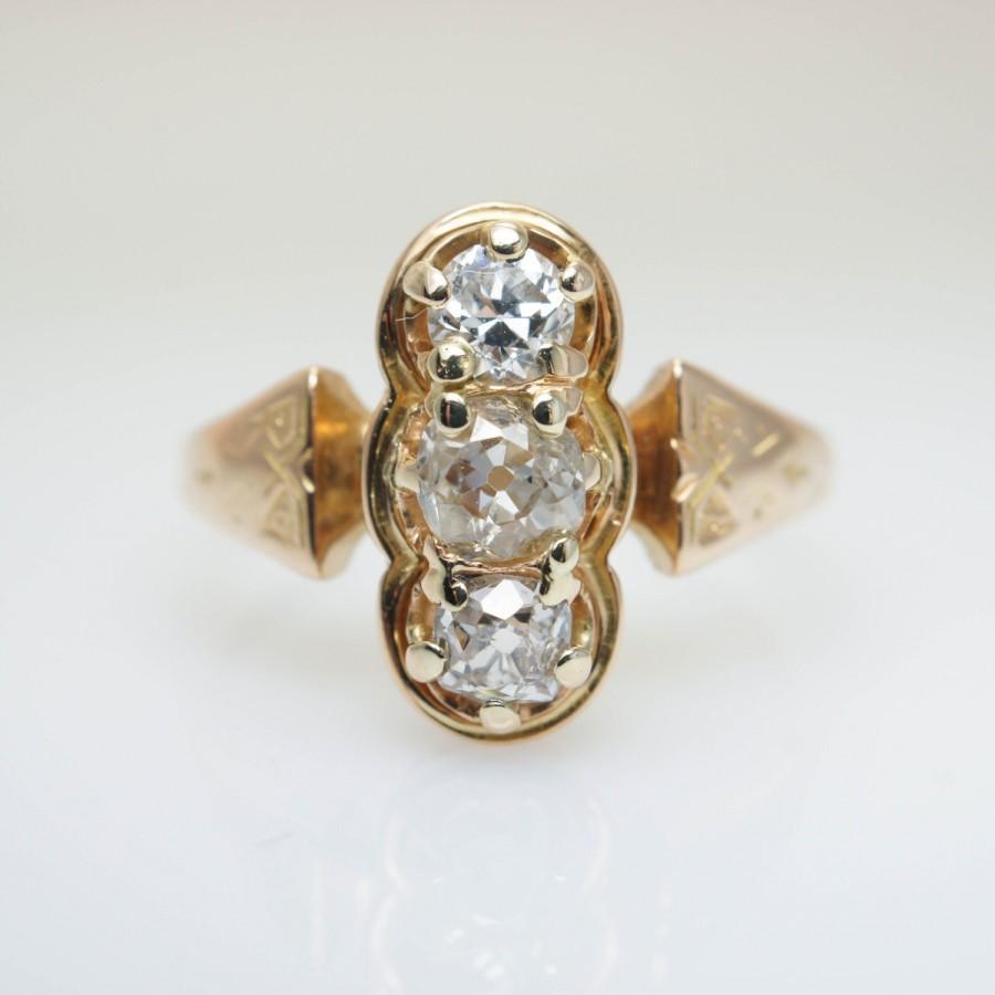 Hochzeit - 1920s Engagement Ring Art Deco Vintage Diamond Ring Unique Wedding Ring 3 Stone Large Diamond Cocktail Three Stone Retro 1920s Diamond Ring