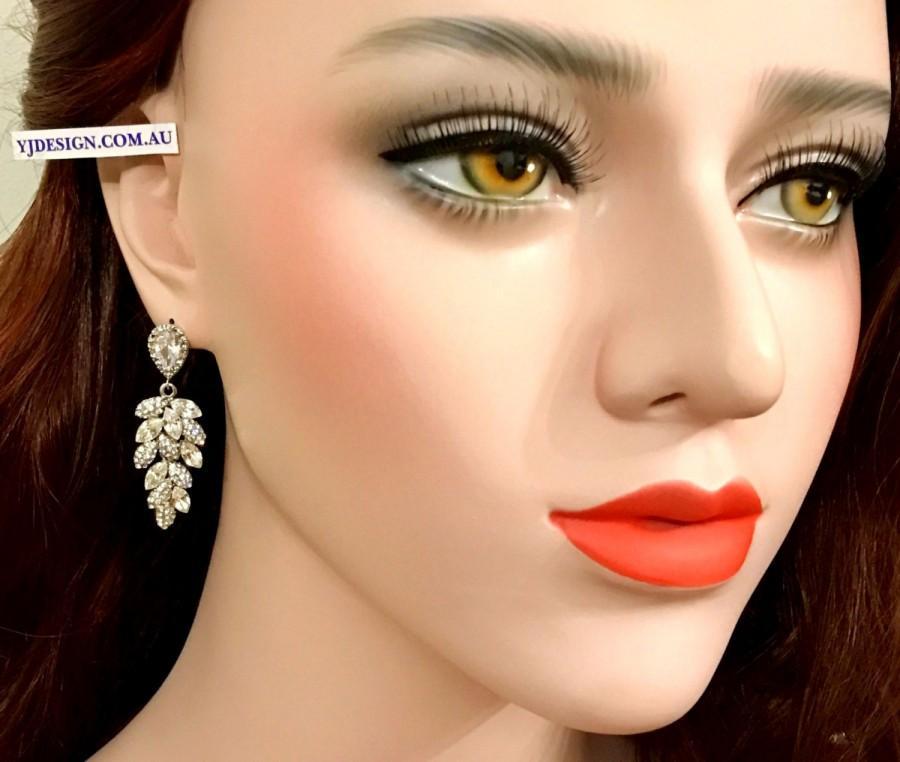 Свадьба - Leaves Bridal Earrings, Leaf Wedding Earrings, Dangle Earrings, Swarovski Crystal Bridal Jewelry, Silver Wedding Jewelry, BOTANICA
