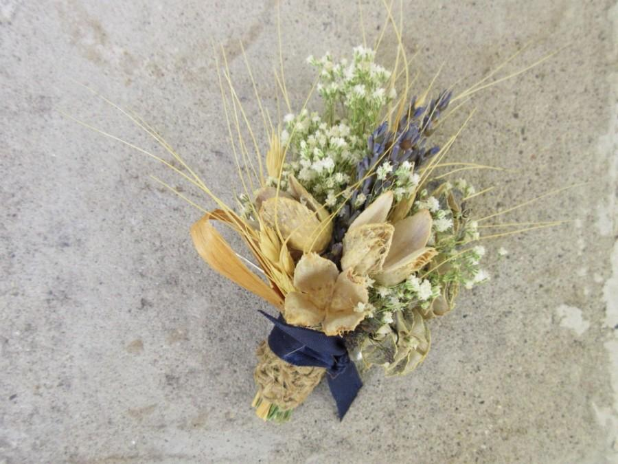 Свадьба - Blue and Neutral Natural Dried Pin Corsage - Wild River Corsage - Lavender, Cones, Baby's Breath & Ornamental Grasses