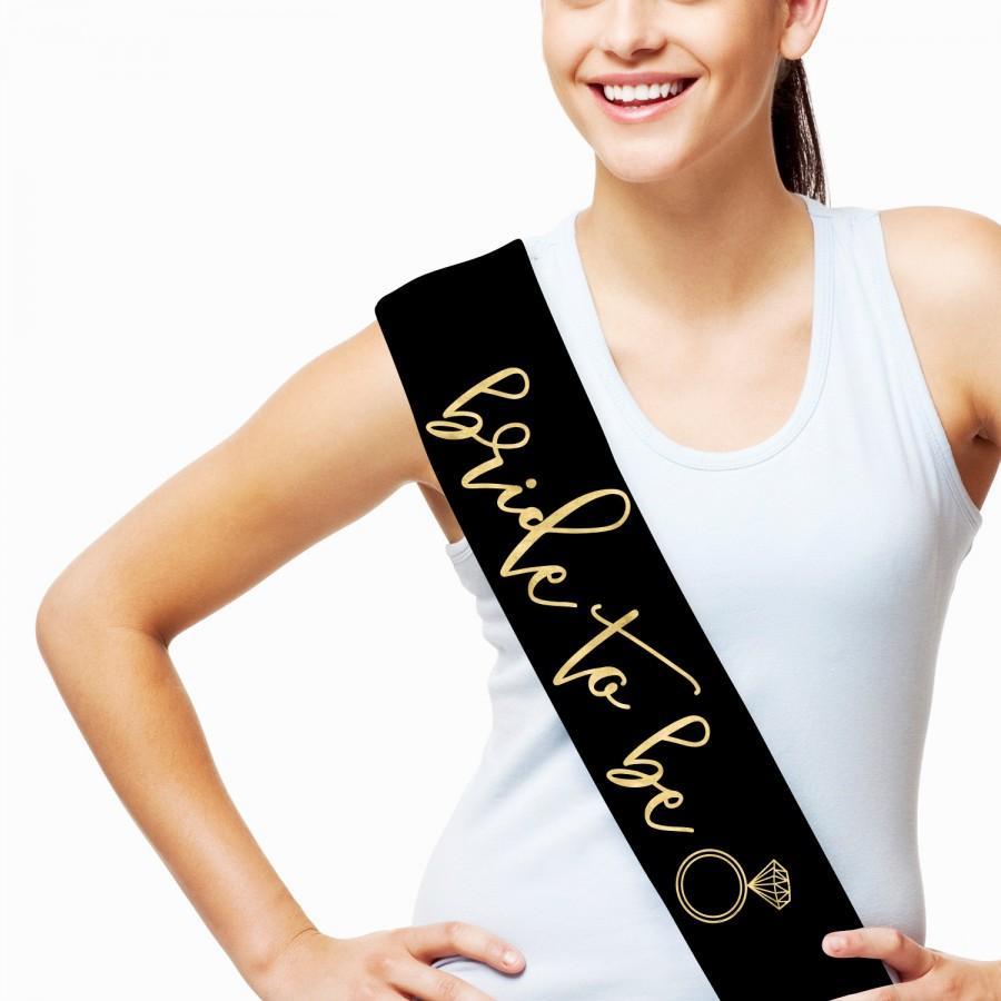 Mariage - Bride to Be Sash - Bride Sash - Bachelorette Sash - Bridal Shower Sash - Bridal Party Sash - Engagement Party - Bachelorette Party