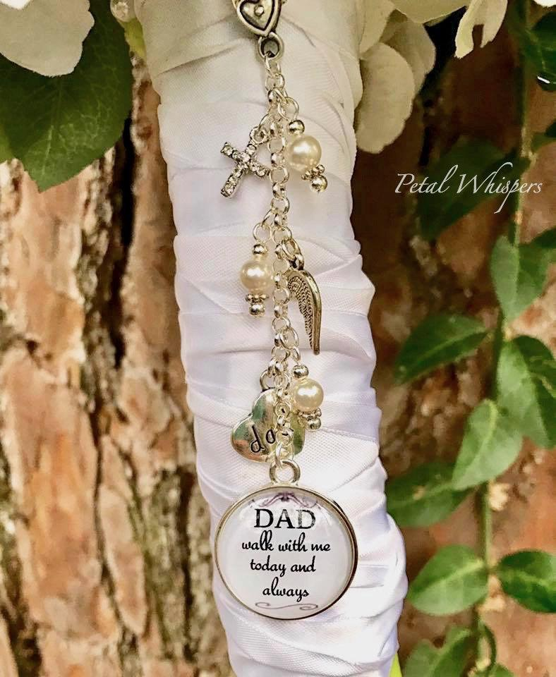 Mariage - Father Of Bride Memorial Charm -  Bouquet Charm-Wedding Memorial-In Memory Of Dad-Bridal Gift-Gift For Bride-Walk With Me Dad