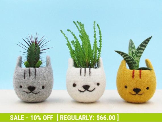 Mariage - Planter / Girlfriend gift / Felt succulent planter / Neko Atsume / Kitty collector / Cat head planter / Kawaii cat gift /  - Set of three