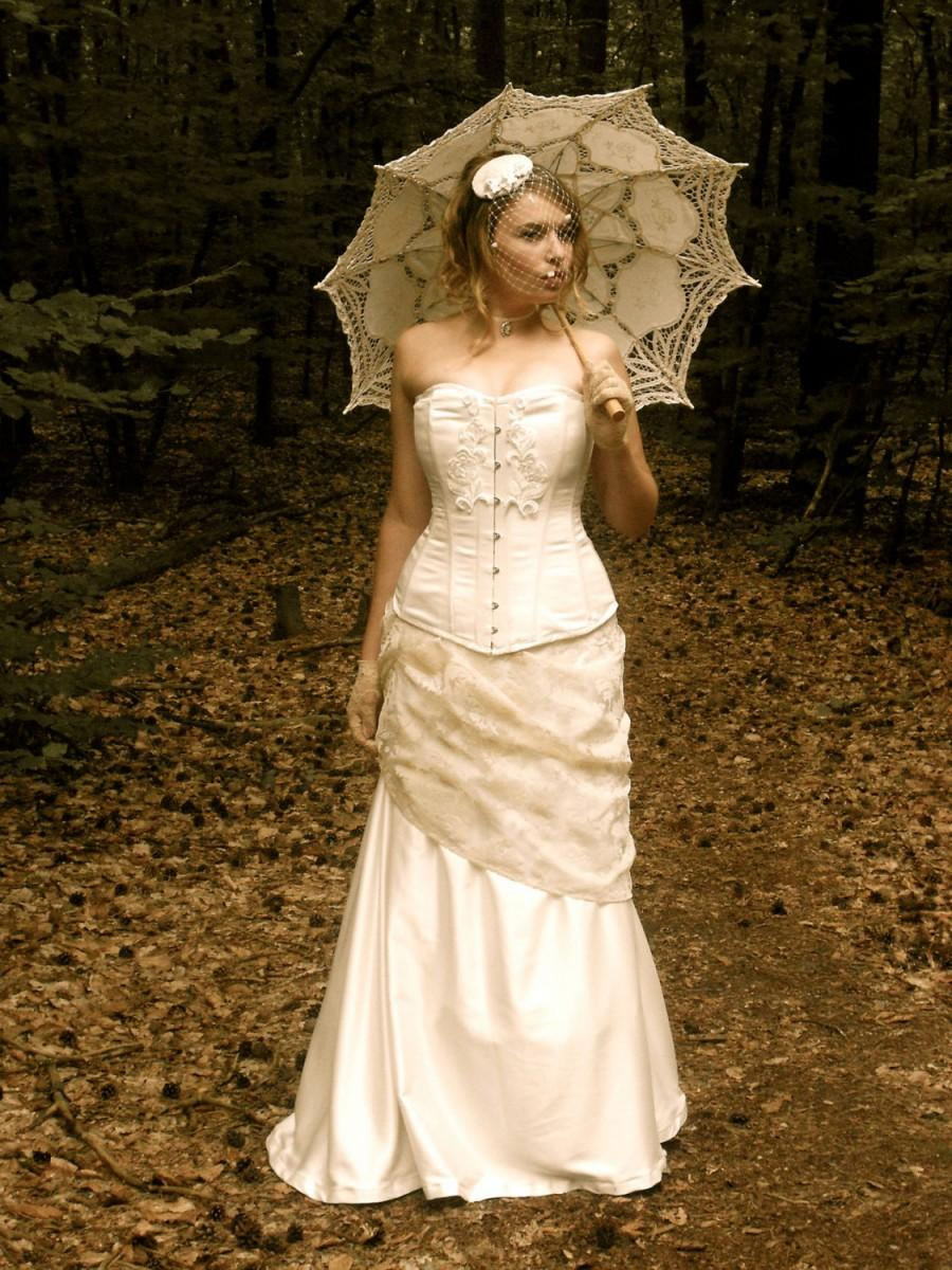 Свадьба - Bespoke Ivory or Black Bohemian Vintage Victorian Edwardian Bridal Corset and Fishtail Skirt Antique Wedding