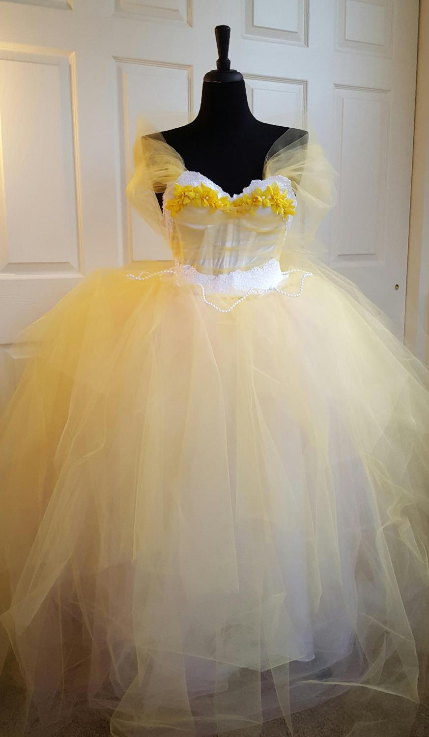 Wedding - Sample Gown / Belle Beauty & the Beast Style Yellow White Princess Lace Tulle Shawl Wedding Bridal BallGown Party Costume Quinceanera Prom